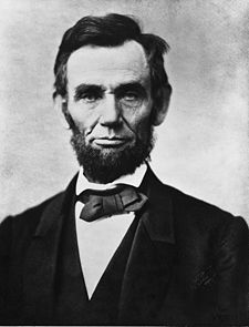 225px-abraham_lincoln_head_on_shoulders_photo_portrait1